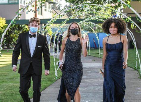 Photo Gallery: Prom Runway 2021