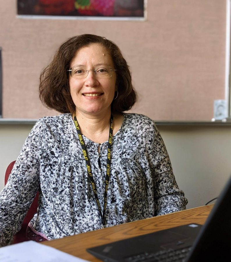 Torres+joins+the+language+department+teaching+Spanish+at+Jesuit+High+School+in+the+fall+of+2021.
