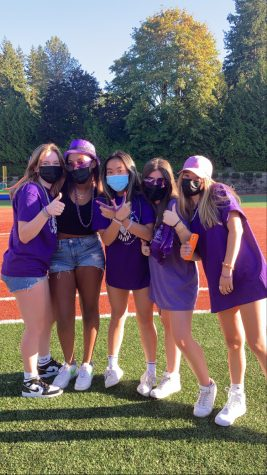 Leaders of late September's Sophomore Fun Night enjoying the event. Photo Courtesy of Gracie Mayfield